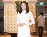Hà Kiều Anh rạng rỡ trở lại sân khấu Hoa hậu Việt Nam sau 28 năm đăng quang