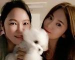 Sợi dây chuyền hé mở lộ Song Hye Kyo đang yêu Hyun Bin