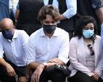 2 cô gái bản địa chết do cảnh sát gây ra khiến Thủ tướng Canada Justin Trudeau phải ra đường quỳ gối chống phân biệt chủng tộc