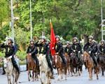 Đoàn kỵ binh cảnh sát cơ động diễu hành trước quảng trường Ba Đình