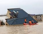 Lũ lụt tang thương ở Trung Quốc: 141 gười chết, di sản cầu cổ 800 năm tuổi bị phá hủy