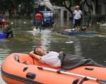 Tin lũ lụt mới nhất ở Trung Quốc: Di sản 3.000 năm bị chìm trong nước và toàn cảnh xả đập lớn nhất thế giới