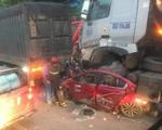 Công an thông tin vụ xe container tông nát xe con khiến 3 người chết thảm ở Hà Nội