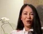 Hồng Nhung để lộ bạn trai ngoại quốc khi đang livestream?
