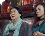'Lựa chọn số phận': (Trang) Phương Oanh cầu hôn bạn trai, chưa cưới xin đã quan tâm chăm sóc mẹ chồng tương lai tận tình như mẹ đẻ