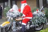 """Những phương tiện di chuyển """"độc"""" của ông già Noel"""