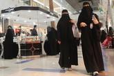 Cuộc sống phía sau tấm khăn trùm đầu của phụ nữ Arab