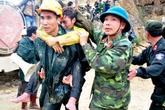 Giải cứu thành công 12 công nhân bị kẹt vụ sập hầm