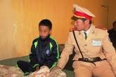 Giải cứu bé trai nhịn đói co ro suốt 2 ngày ở góc ruộng