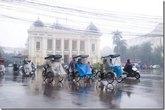 Hà Nội mưa rét, trời chuyển xấu sớm