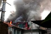 Hà Nội: Cháy lớn tại phố Hàng Bồ