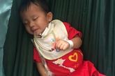 Cắt 25 cm ruột của bé trai 2 tuổi rưỡi uống nhầm axit