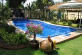 Phong thủy: Vì sao bể bơi thường được đặt trước nhà?
