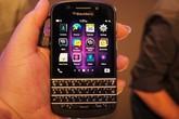 """BlackBerry Q10 """"đổ bộ"""" với giá rẻ bất ngờ"""