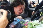Đón 3 mẹ con tử nạn máy bay MH17: Ngày về quê là nắm tro tàn