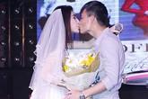 """Công Vinh trao Thủy Tiên nụ hôn ngọt ngào trong """"đám cưới"""""""