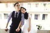 Chàng trai truy tìm và cưới cô gái tình cờ thấy trên tivi