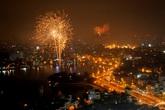 Pháo hoa rực trời Hà Nội kỷ niệm 60 năm giải phóng