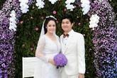Nhật Kim Anh lộng lẫy trong tiệc cưới