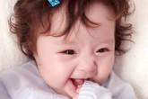 Con gái Elly Trần ngày càng đáng yêu