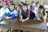 Rơi nước mắt chứng kiến cuộc sống của các học sinh hiếu học ở Sùng Đô