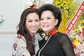 Hoa hậu quý bà Thu Hoài hội ngộ danh ca Giao Linh