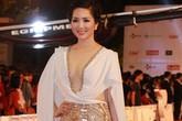 """""""Tây"""" kín đáo, nghệ sĩ Việt hở táo bạo ở Liên hoan phim Quốc tế"""