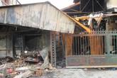 Tiểu thương lo mất Tết sau vụ cháy chợ Cầu Diễn
