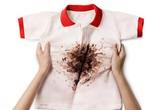 Đối phó với những vết bẩn thường gặp trên quần áo