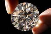Đổi viên kim cương 3,4 tỉ, chỉ lấy hơn 400.000 đồng cần sa