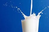 Nghiên cứu mới: Mỗi ngày uống trên 3 ly sữa... có hại cho sức khỏe
