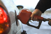 Xăng dầu, điện, sữa sắp điều chỉnh giá?