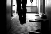 Chồng cấm chơi facebook, vợ đau buồn treo cổ tự tử chết thương tâm