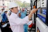 Giá xăng tăng hơn 600 đồng/lít từ 15h chiều nay