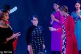 Em gái Trịnh Công Sơn gây bất ngờ với bộ sưu tập áo dài độc đáo
