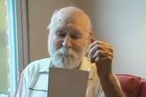 Tấm thiệp xúc động cha nhận được sau hơn 20 năm con trai mất