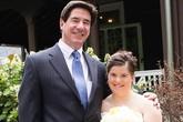 Bức thư đẫm nước mắt cha gửi cho con gái bị Down trong ngày cưới