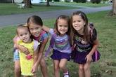 Chia sẻ xúc động của cặp vợ chồng nuôi 4 con cho bạn thân qua đời