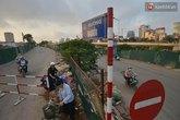 Hà Nội: Người dân bỡ ngỡ trong những ngày đầu tiên cấm đường Bưởi