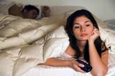 """""""Chuyện ấy"""" hì hục cả tiếng, vợ chồng hoang mang bệnh xuất tinh chậm"""