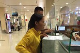 VNA nói gì về câu chuyện cảm động ở sân bay?