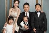 """Người phụ nữ xinh đẹp trong bức ảnh gia đình """"mẹ tiên con cú"""" tiết lộ sự thật gây sốc"""