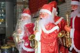 Cho thuê ông già Noel thật và giả ở Sài Gòn