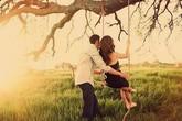 Tình cũ đòi đi chơi xa với tôi ngay khi ly dị chồng