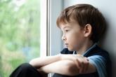 3 câu nói cửa miệng của bố mẹ khiến trẻ tự ti