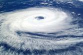 Cơn bão có sức gió 160 km/h đang hướng vào biển Đông