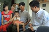 Cháu bé nguy cơ liệt tay do sang chấn sản khoa lúc chào đời
