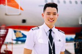 """Gặp """"cơ trưởng đẹp trai và trẻ nhất Việt Nam"""""""
