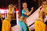 Sững sờ vẻ đẹp đời thường của thí sinh múa bụng 12 tuổi