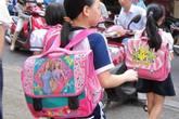 Hiểm họa cong vẹo cột sống trẻ em từ cặp sách
